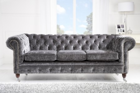A timeless chesterfield to grace any home.